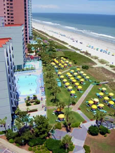Oceanfront Pools & Tanning Lawn